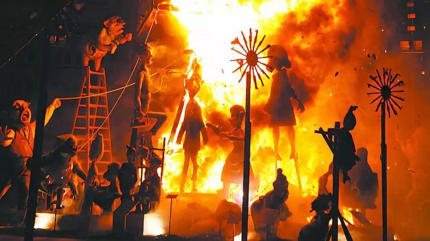 西班牙瓦伦西亚法雅节6.jpeg